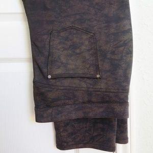 Gloria Vanderbilt metallic bronze jeans
